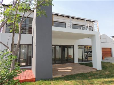 House for sale in Featherview Estate