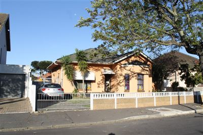 Goodwood, Goodwood Property  | Houses For Sale Goodwood, Goodwood, House 3 bedrooms property for sale Price:1,230,000
