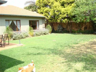 Property and Houses for sale in Moreletapark, House, 3 Bedrooms - ZAR 2,520,000