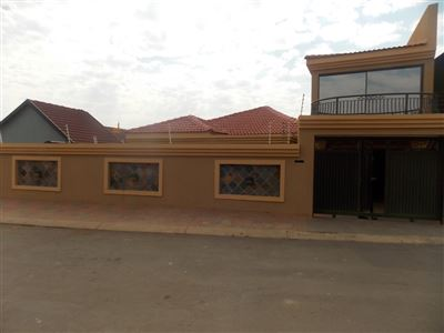 Soweto, Dobsonville Property  | Houses For Sale Dobsonville, Dobsonville, House 4 bedrooms property for sale Price:1,295,000