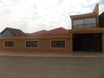 Dobsonville property for sale. Ref No: 13387542. Picture no 37