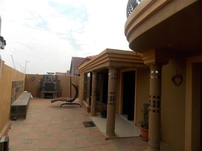 Dobsonville property for sale. Ref No: 13387542. Picture no 36