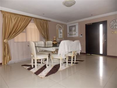 Property Soweto : Houses For Sale Soweto (All), Dobsonville, House 4 bedrooms property for sale Price:1,295,000