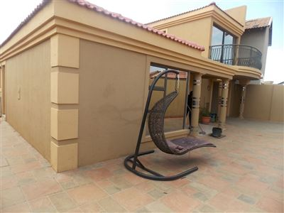 Dobsonville property for sale. Ref No: 13387542. Picture no 34