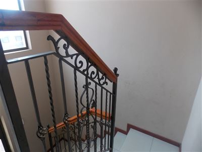 Dobsonville property for sale. Ref No: 13387542. Picture no 16