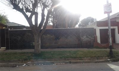 Rosettenville property for sale. Ref No: 13387748. Picture no 1