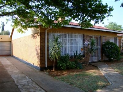 Stilfontein, Stilfontein Property  | Houses For Sale Stilfontein, Stilfontein, House 3 bedrooms property for sale Price:530,000