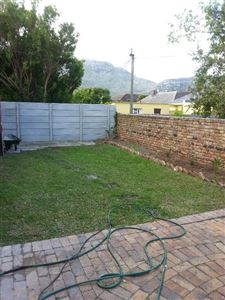 Fish Hoek property to rent. Ref No: 13388661. Picture no 12