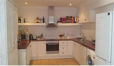 Camps Bay property to rent. Ref No: 13388985. Picture no 3