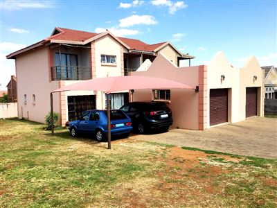 Langenhovenpark property for sale. Ref No: 13389121. Picture no 1