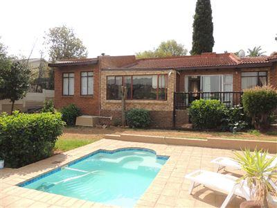 Helderkruin & Ext property for sale. Ref No: 13389271. Picture no 1