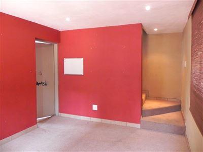 Horison & Ext property for sale. Ref No: 13389611. Picture no 25