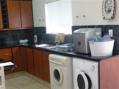 Stilbaai Wes property for sale. Ref No: 13389616. Picture no 8