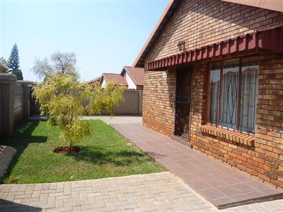 Geelhoutpark And Ext property for sale. Ref No: 13390103. Picture no 23