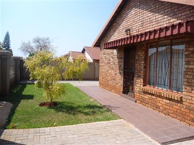 Geelhoutpark And Ext property for sale. Ref No: 13390103. Picture no 45