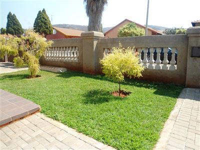 Geelhoutpark And Ext property for sale. Ref No: 13390103. Picture no 21