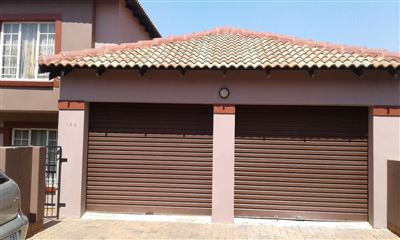 Germiston, Castleview Property  | Houses For Sale Castleview, Castleview, Townhouse 3 bedrooms property for sale Price:870,000