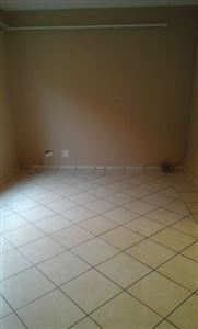 Middedorp property to rent. Ref No: 13395746. Picture no 5