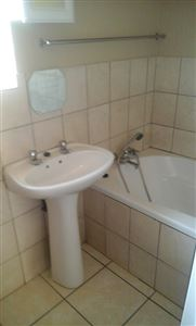Middedorp property to rent. Ref No: 13395746. Picture no 9