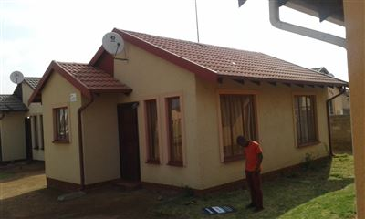 Mafatsana, Lakeside Ext 1 Property    Houses For Sale Lakeside Ext 1, Lakeside Ext 1, House 2 bedrooms property for sale Price:350,000