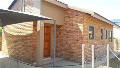 Potchefstroom, Ikageng Property  | Houses For Sale Ikageng, Ikageng, Townhouse 3 bedrooms property for sale Price:499,000