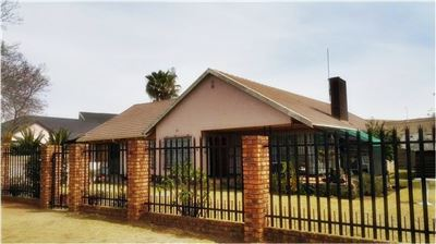 Germiston, Tedstoneville Property  | Houses For Sale Tedstoneville, Tedstoneville, House 3 bedrooms property for sale Price:770,000