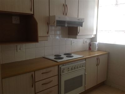 Parkhill Gardens property to rent. Ref No: 13389385. Picture no 17