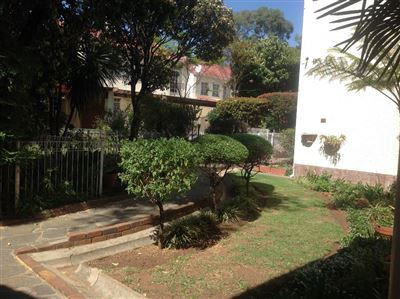 Parkhill Gardens property to rent. Ref No: 13389385. Picture no 3