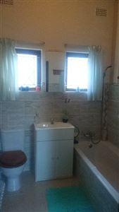 Zinkwazi property for sale. Ref No: 13393324. Picture no 14