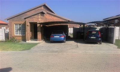 Rustenburg, Waterkloof East Property  | Houses For Sale Waterkloof East, Waterkloof East, Townhouse 3 bedrooms property for sale Price:810,000