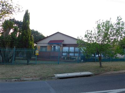 Pretoria, Mountain View Property  | Houses For Sale Mountain View, Mountain View, House 3 bedrooms property for sale Price:1,200,000