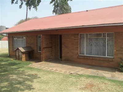 Alberton, Generaal Albertspark Property  | Houses For Sale Generaal Albertspark, Generaal Albertspark, House 4 bedrooms property for sale Price:1,125,000