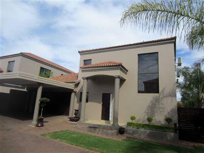 Safari Gardens & Ext property for sale. Ref No: 13389329. Picture no 1