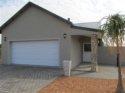 Stilbaai Wes property for sale. Ref No: 13393880. Picture no 1