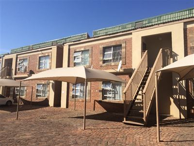 Bloemfontein, Willows Property  | Houses For Sale Willows, Willows, Townhouse 1 bedrooms property for sale Price:360,000