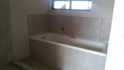 Lyttelton property for sale. Ref No: 13239456. Picture no 14