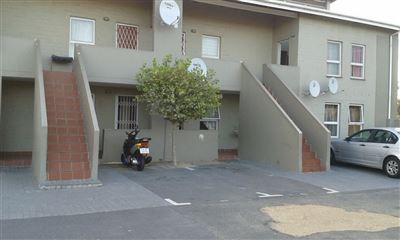 Cape Town, Maitland Property  | Houses For Sale Maitland, Maitland, Apartment 2 bedrooms property for sale Price:450,000