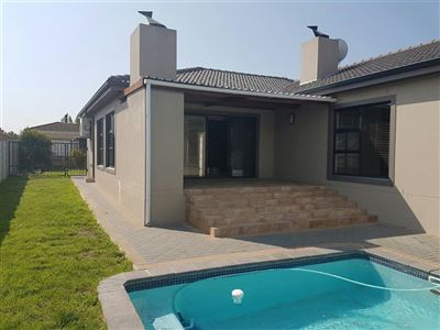 Brackenfell, Sonkring Property  | Houses For Sale Sonkring, Sonkring, House 3 bedrooms property for sale Price:2,300,000