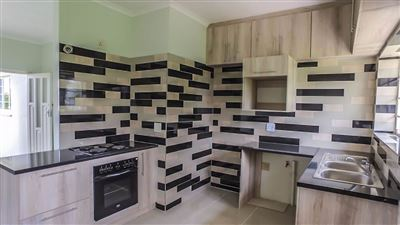 Sunnyridge to rent property. Ref No: 13390914. Picture no 6