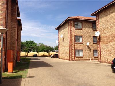 Potchefstroom Central property for sale. Ref No: 13394964. Picture no 1