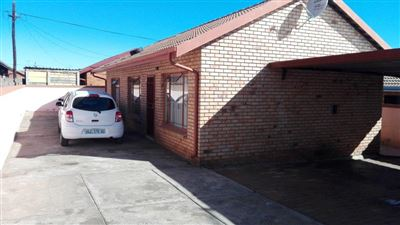 Kagiso & Ext property for sale. Ref No: 13395170. Picture no 1