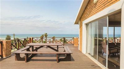 Winterstrand property for sale. Ref No: 13374136. Picture no 1