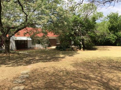 Lambton property for sale. Ref No: 13395407. Picture no 1