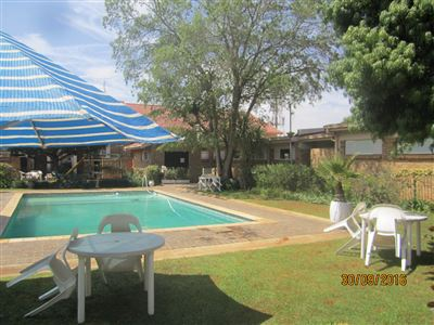 Potchefstroom Central property for sale. Ref No: 13395583. Picture no 4