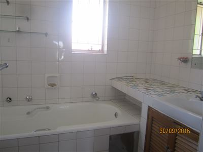 Potchefstroom Central property for sale. Ref No: 13395583. Picture no 25