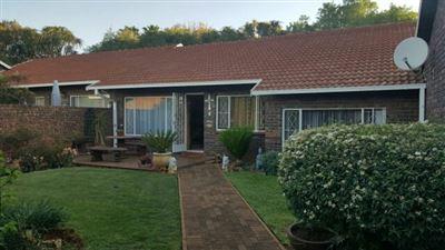 Sinoville property for sale. Ref No: 13395602. Picture no 15