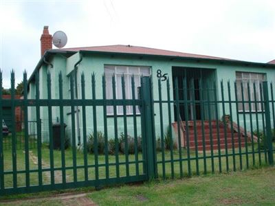 Roodepoort North property for sale. Ref No: 13395745. Picture no 1