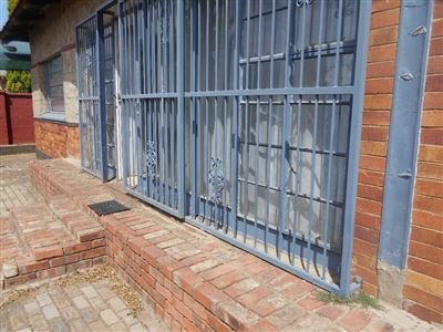 Potchefstroom Central property for sale. Ref No: 13395961. Picture no 1