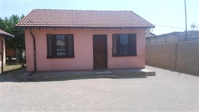 Rustenburg, Meriteng Property  | Houses For Sale Meriteng, Meriteng, House 2 bedrooms property for sale Price:320,000