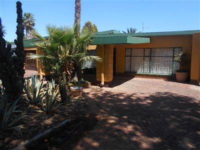 Baillie Park And Ext for sale property. Ref No: 13396127. Picture no 1
